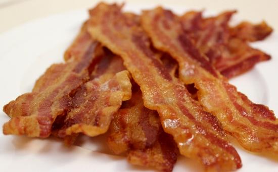 Bacon (550x341)