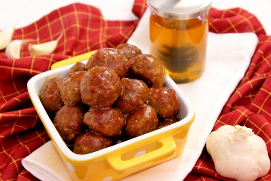 Honey Garlic Glazed Meatballs (550x367)