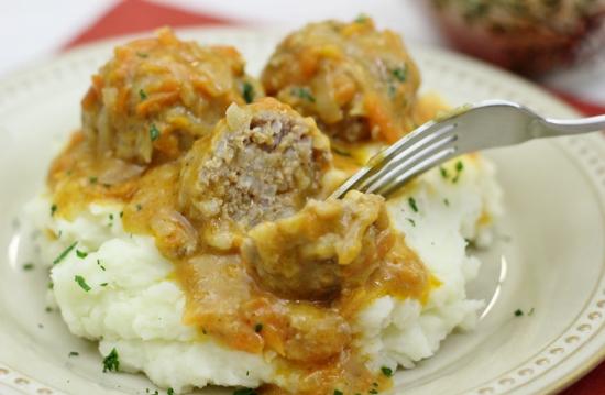 Porcupine Meatballs With a Cream Sauce