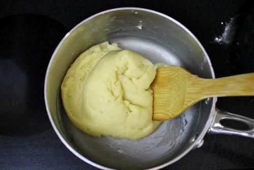Pate a choux dough (3)