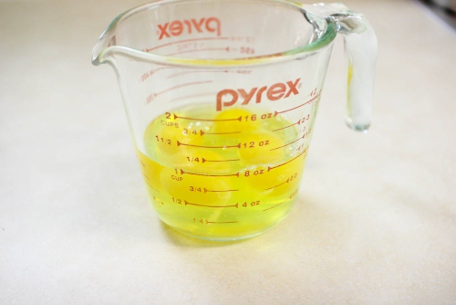eggs in measuring cup