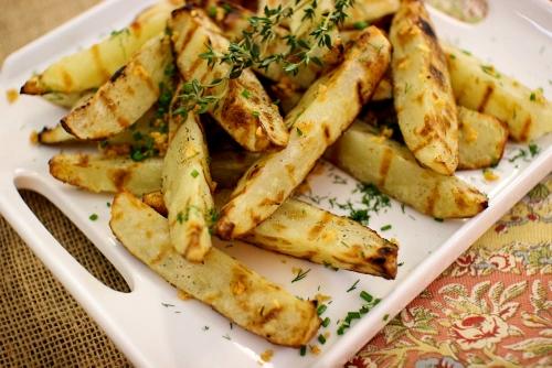 Grilled Garlic Herb Potato Wedges