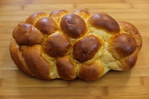 challah bread (500x334)