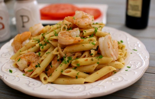 Penne With Creamy Tomato Vodka Sauce and Seared Shrimp (500x321)