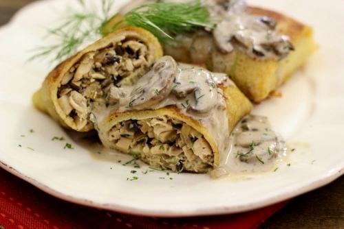 Chicken and Mushroom Blini With Mushroom Sauce (2) (500x334)