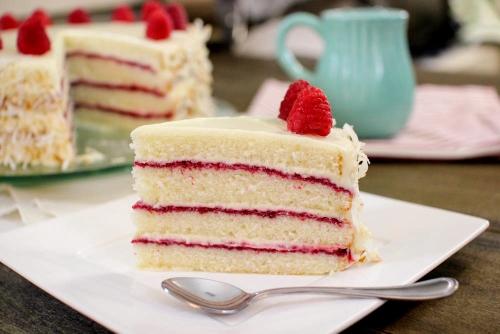 Coconut Raspberry Cake (500x334)
