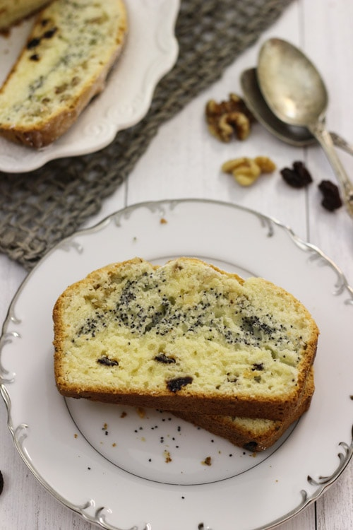 Raisin, Poppy Seed and Nut Loaf-1-26