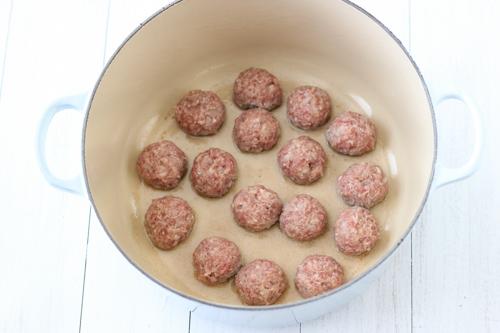 Meatballs With Marinara Sauce-1-5
