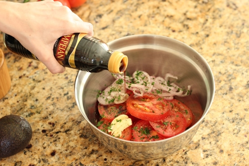 Tomato and Avocado Salad-1-4