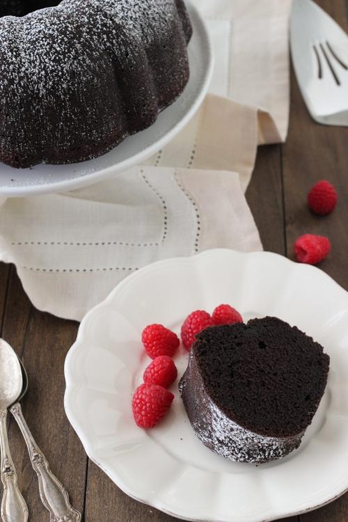 Chocolate Sour Cream Bundt Cake-1-16
