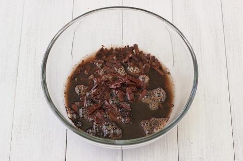 Chocolate Sour Cream Bundt Cake-1-2