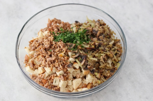 Sausage and Mushroom Sourdough Dressing-1-15