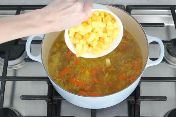 Golden Beet Soup-1-26