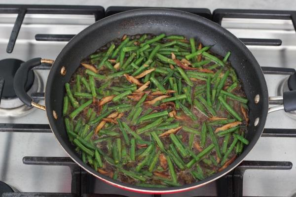Beef, Shitake and Green Bean Stir Fry-1-42
