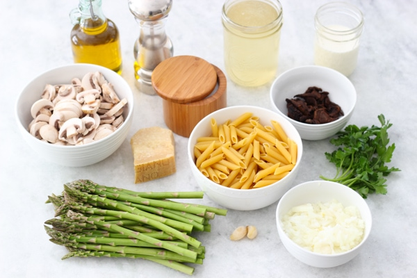 Asparagus and Mushroom Pasta-1-13