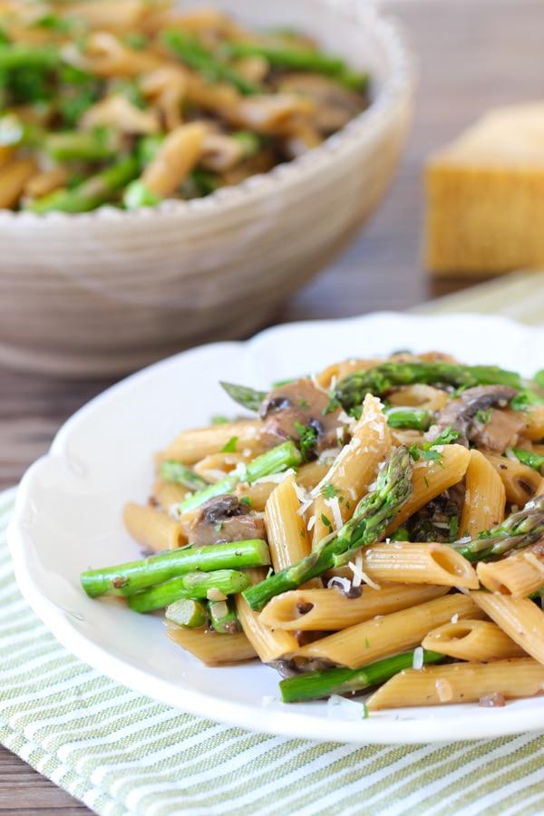 Asparagus and Mushroom Pasta-10