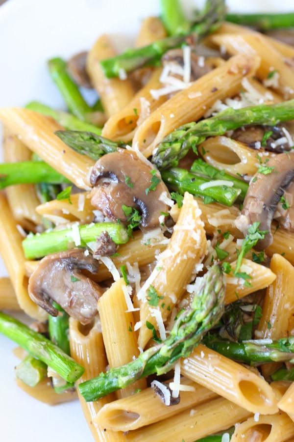 Asparagus and Mushroom Pasta-12