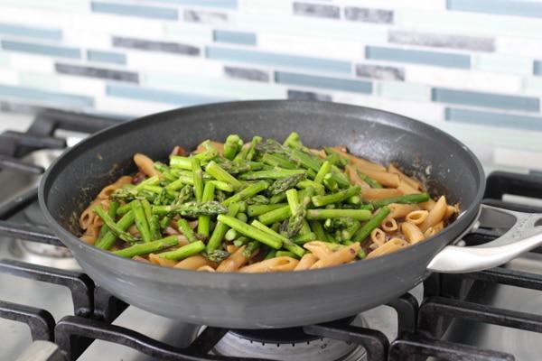 Asparagus and Mushroom Pasta-9