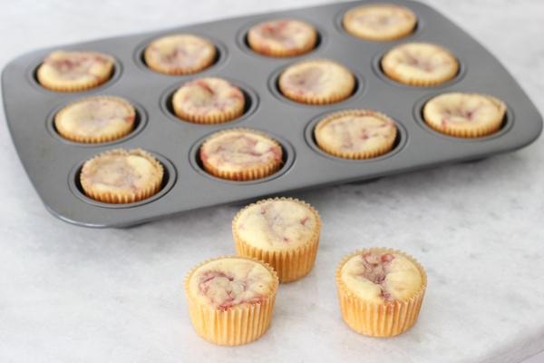 Raspberry Swirl Cupcakes-11