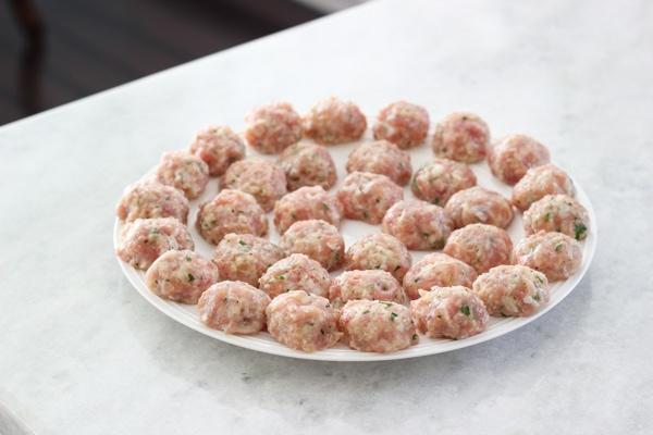 Chicken Meatballs With Caprese Couscous-5