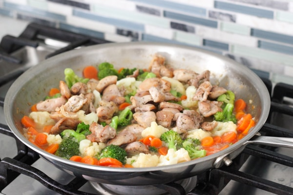 Easy Chicken, Broccoli, Cauliflower and Carrots in a Cream Sauce-1-23