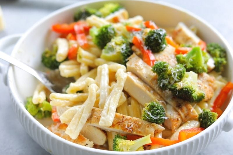 Chicken Alfredo Pasta with broccoli and peppers